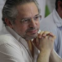 José Lázaro